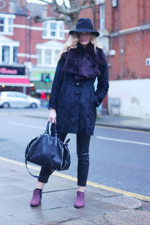River Island boots - Oasis coat - Topshop hat - Francesco Biasia bag
