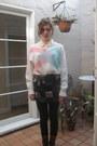 Brown-steve-madden-boots-white-thrifted-sweater-black-hue-leggings