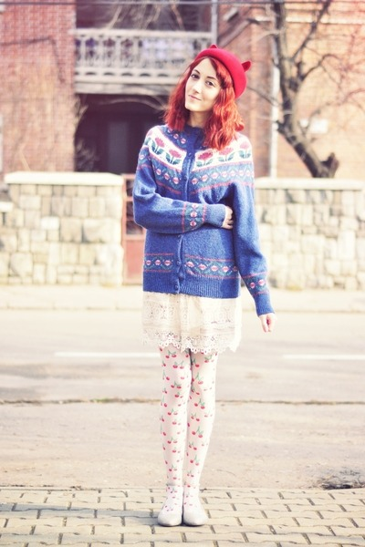 cherry print meadham kirchhoff tights - gold Topshop flats