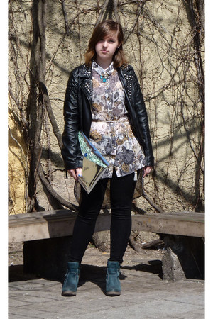 black Pull and Bear jacket - teal Clarks boots - eggshell Seppälä blouse