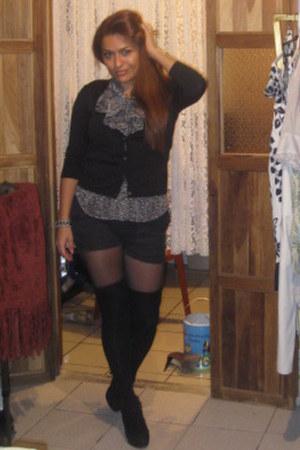 dress - shoes - purse - shorts - belt - earrings