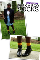 Trend Alert || Peek-A-Boo Socks