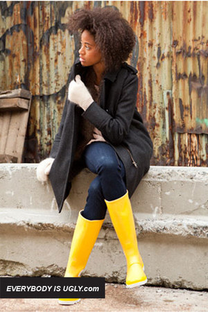 Yellow-palladium-boots