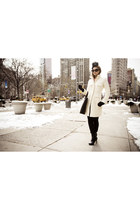 cream quilted coat Express coat - black Bijou Van Ness hat