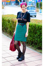 Oversize-second-hand-shirt-nowistyle-bag-stripe-nowistyle-skirt