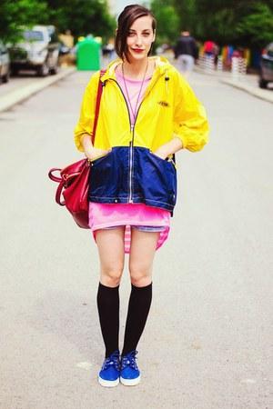 yellow raincoat second hand jacket