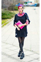 plaid second hand shirt - pink clutch bag - studded nowIStyle sweatshirt