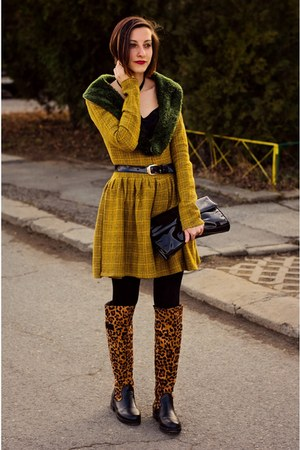 retro Megz dress - leopard boots - velvet choker Bornpretty necklace