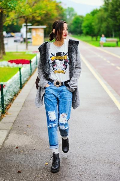 fur second hand cardigan - boyfriend Front Row Shop jeans