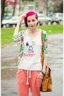Oversize-hooded-second-hand-jacket-snoopy-second-hand-t-shirt