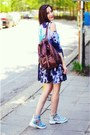 Fashion-thirsty-boots-tie-dye-dress-blackfive-dress-thrifted-bag
