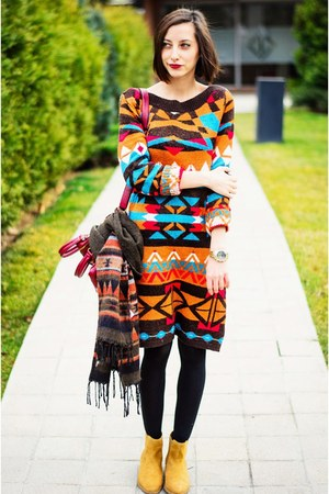 chelsea camel Stradivarius boots - aztec sweater Laura Scott dress