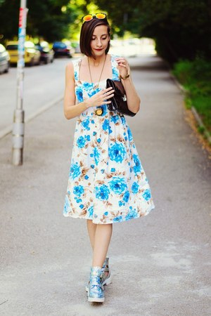retro floral Vero Moda dress