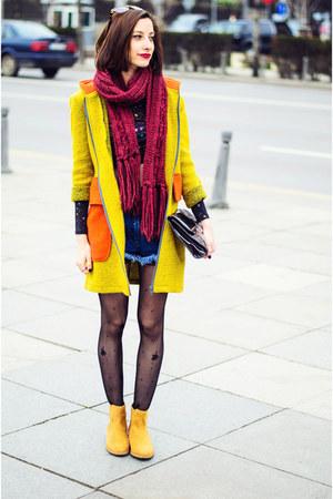 lime wool Nmenouno coat - chelsea camel Stradivarius boots