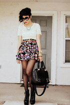 cream lace LOUNIE top - black floral print Forever 21 skirt