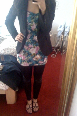 Zara blazer -  ebay dress - Vero Moda leggings - Minelli shoes