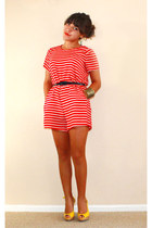 red f21 romper - navy thrift belt - yellow Guess heels - gold Icing bracelet