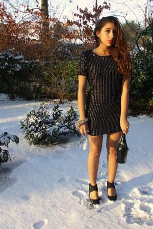 Zara dress - unknown heels - new look accessories