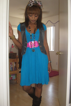 forever 21 dress - Betsy Johnson belt - windsorcom vest - forever 21 necklace