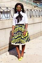 chartreuse chicastic purse - green Ankara skirt - gold Jcrew bracelet