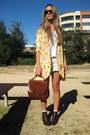 Vintage-boots-frankie-sunshine-blazer-vintage-bag-ksubi-sunglasses