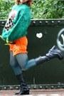 Tights-platform-steve-madden-boots-frocktasia-shorts