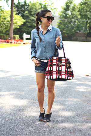 sky blue chambray Loft shirt - black peep toe American Eagle boots