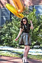 gold francescas skirt - black Forever 21 shirt - black Charlotte Russe heels