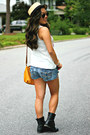 Blue-denim-cut-off-american-eagle-shorts-black-forever-21-boots