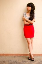 red vintage skirt - black shoes - gray blouse - black belt