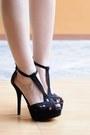 Maroon-cropped-topshop-blouse-black-platform-zara-heels