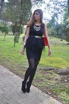 black Moschino belt - red Chanel bag - felicee necklace - Zielonykot bracelet