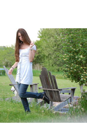 white poof dress - blue Hydraulic jeans - black Nine West shoes - gold library o