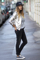 Gat Rimon jacket - Levis jeans - What about Yve hat - Marc Jacobs t-shirt