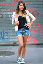 Gat Rimon jacket - Levis shorts - H&M top - Converse sneakers