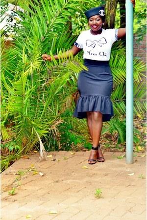 FAI skirt - t-shirt