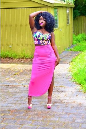 pink random brand skirt