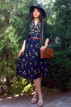 black floral thrifted dress - black gifted H&M hat - tawny thrifted purse