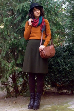 black hat - burnt orange gifted sweater - forest green scarf - crimson scarf