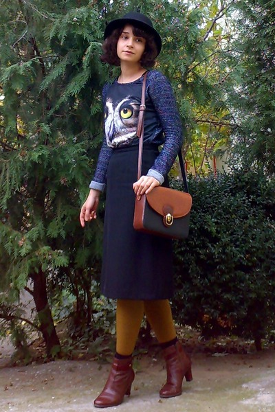 navy owl printed sweater - brick red leather boots - black hat - mustard tights