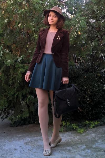light brown thrifted hat - dark brown velvet thrifted blazer