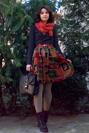 black leather boots - tan tights - brick red gifted scarf