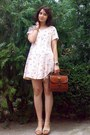 Peach-floral-thrifted-dress-brick-red-leather-vintage-purse