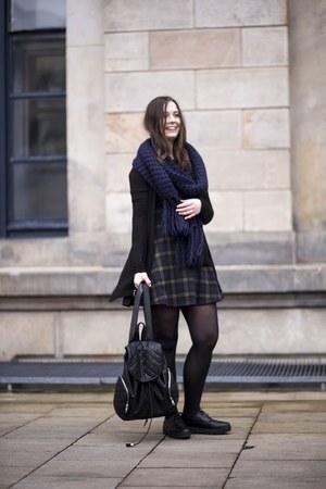 navy new look dress - navy Monki scarf - black New Yorker bag