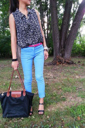 black longchamp bag - black Fioni heels - light blue H&M pants