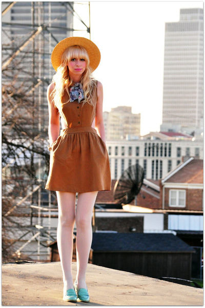 Urban 1972 dress