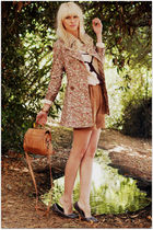 brown Zara shorts - gray fillipa k shoes - beige Urban 1972 coat