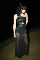 black Miss Selfridge dress - brick red asos heels