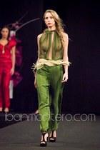 Estefania Erze pants - Estefania Erze blouse - Estefania Erze belt