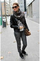 Zara jacket - Dolce & Gabbana bag - Stradivarius sunglasses - Zara pants